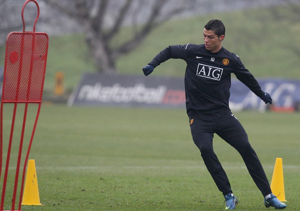 fe02cf100db Cristiano Ronaldo no Lionel Messi but former Manchester United fitness  coach reveals details of never-give-up attitude