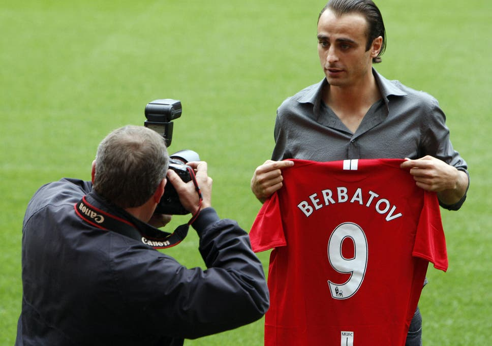 Dimitar Berbatov Became Manchester Uniteds Record Signing In 2008