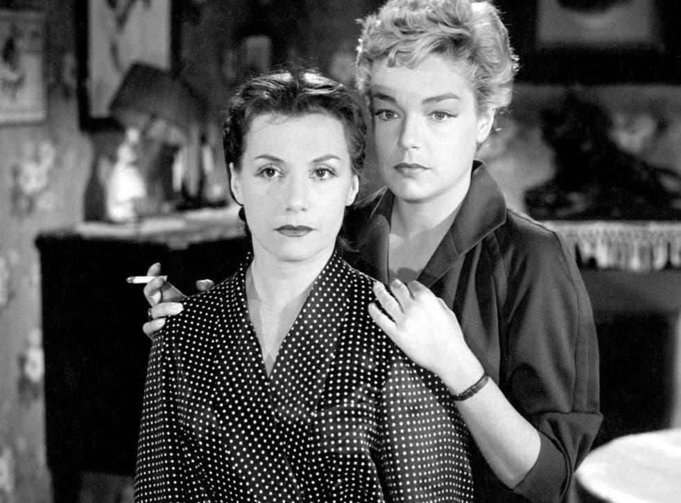 Véra Clouzot as Christina and Simone Signore as Nicole in Henri-Georges Clouzot's 'Les Diaboliques'
