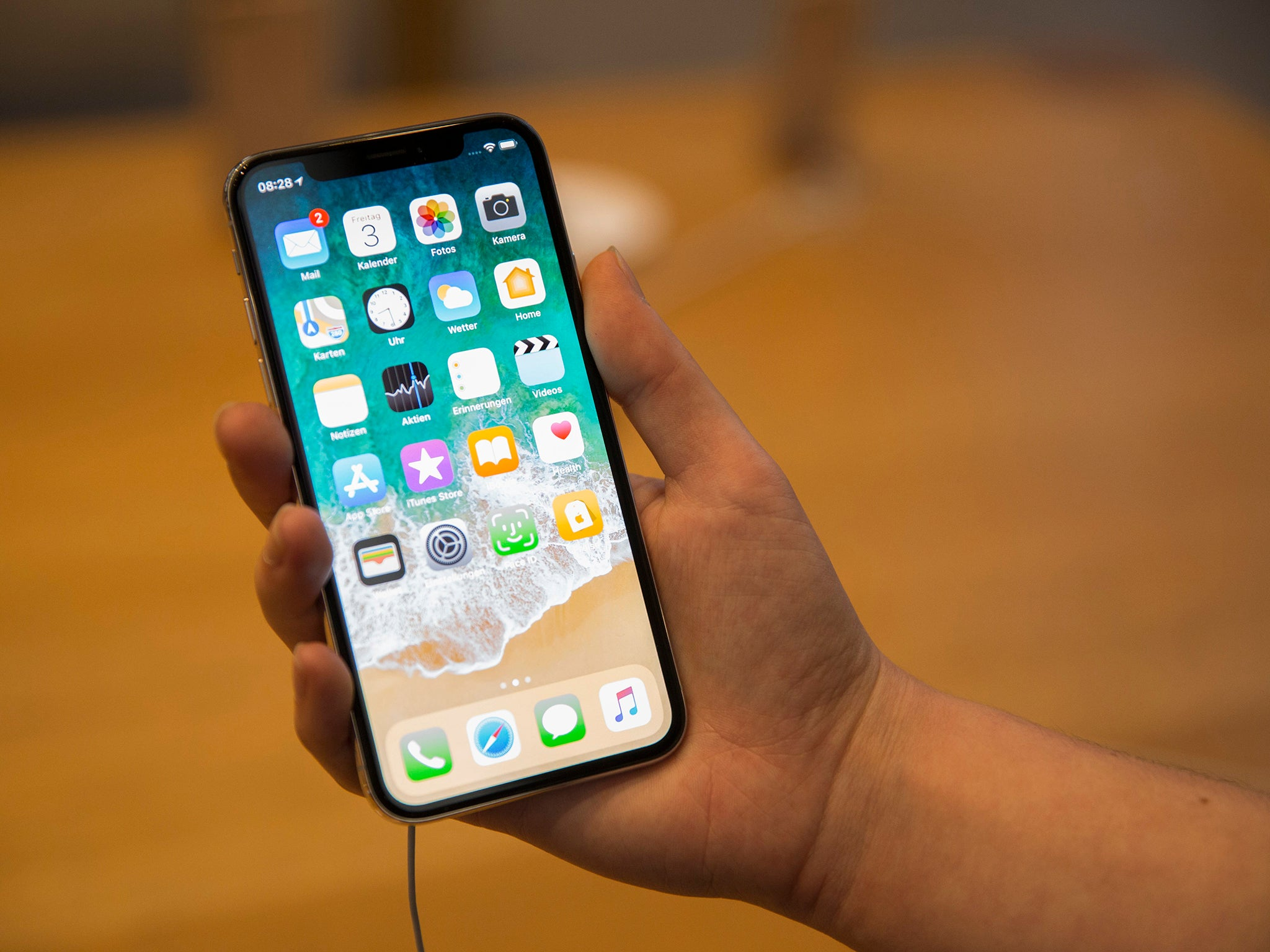 Apple 2018: New iPhone 9 or xi? Name, release date and