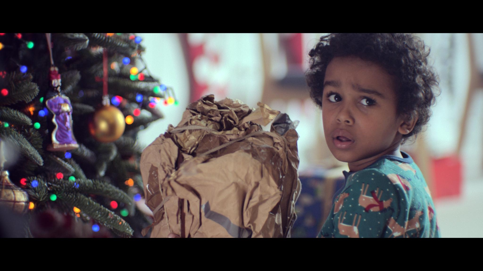 John Lewis Christmas Advert 2017.John Lewis Christmas Advert Receives Overwhelmingly Positive