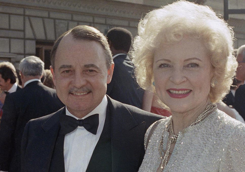 e7ca362e42bb6 John Hillerman dead  Character actor best known as Higgins on Magnum PI  dies aged 84