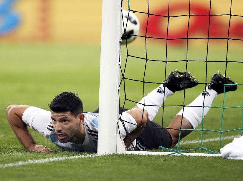 Sergio Aguero set for medical tests back at Manchester City after being hospitalised during Argentina friendly