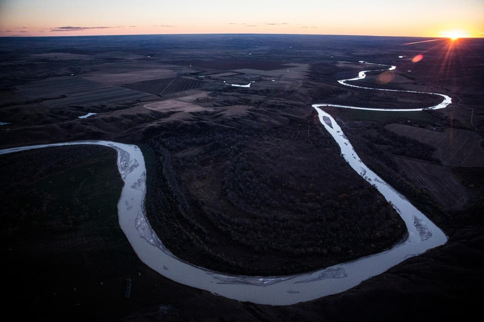 Keystone Pipeline leaks 383,000 gallons of oil into wetlands in second big spill over two years thumbnail