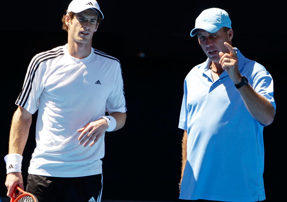 7cdfc2fc Andy Murray talks with coach Ivan Lendl; the split was described as 'mutual'