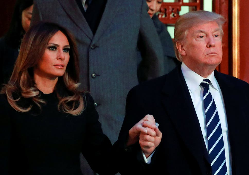 Trump And Melania Wedding.Donald And Melania Trump Souvenir Wedding Cake Goes Up For Auction