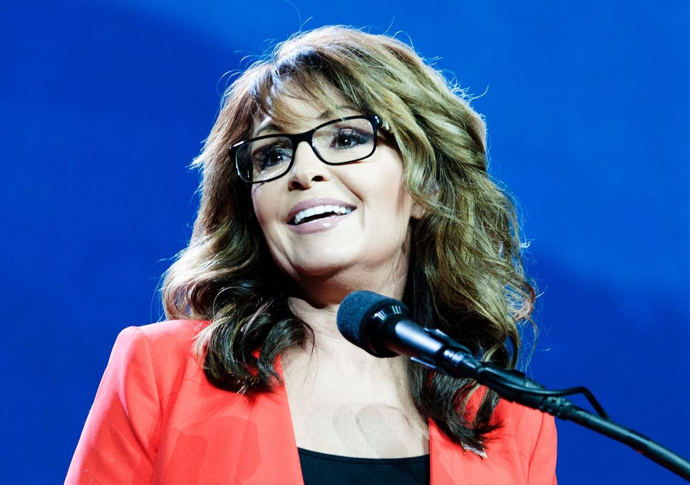 Sarah palin claims she doesnt suffer sexual harassment because she the former governor made her comments following sexual misconduct allegations made against democratic senator al franken thecheapjerseys Choice Image