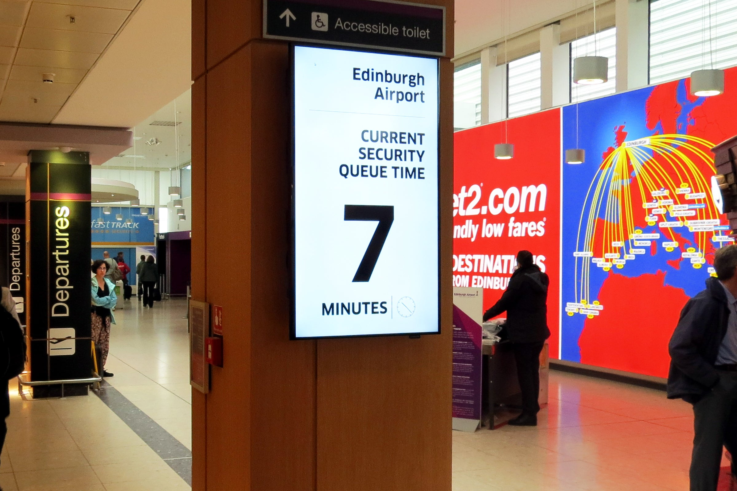 How airports are tracking travellers' smartphones to reduce queuing times