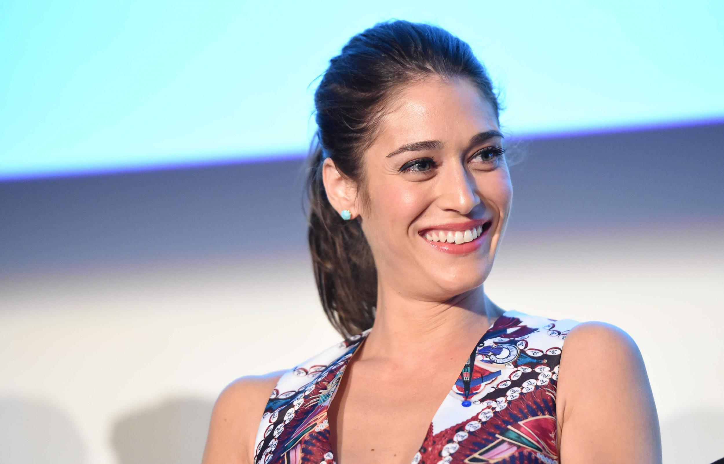 Forum on this topic: Sandra Warner, lizzy-caplan/
