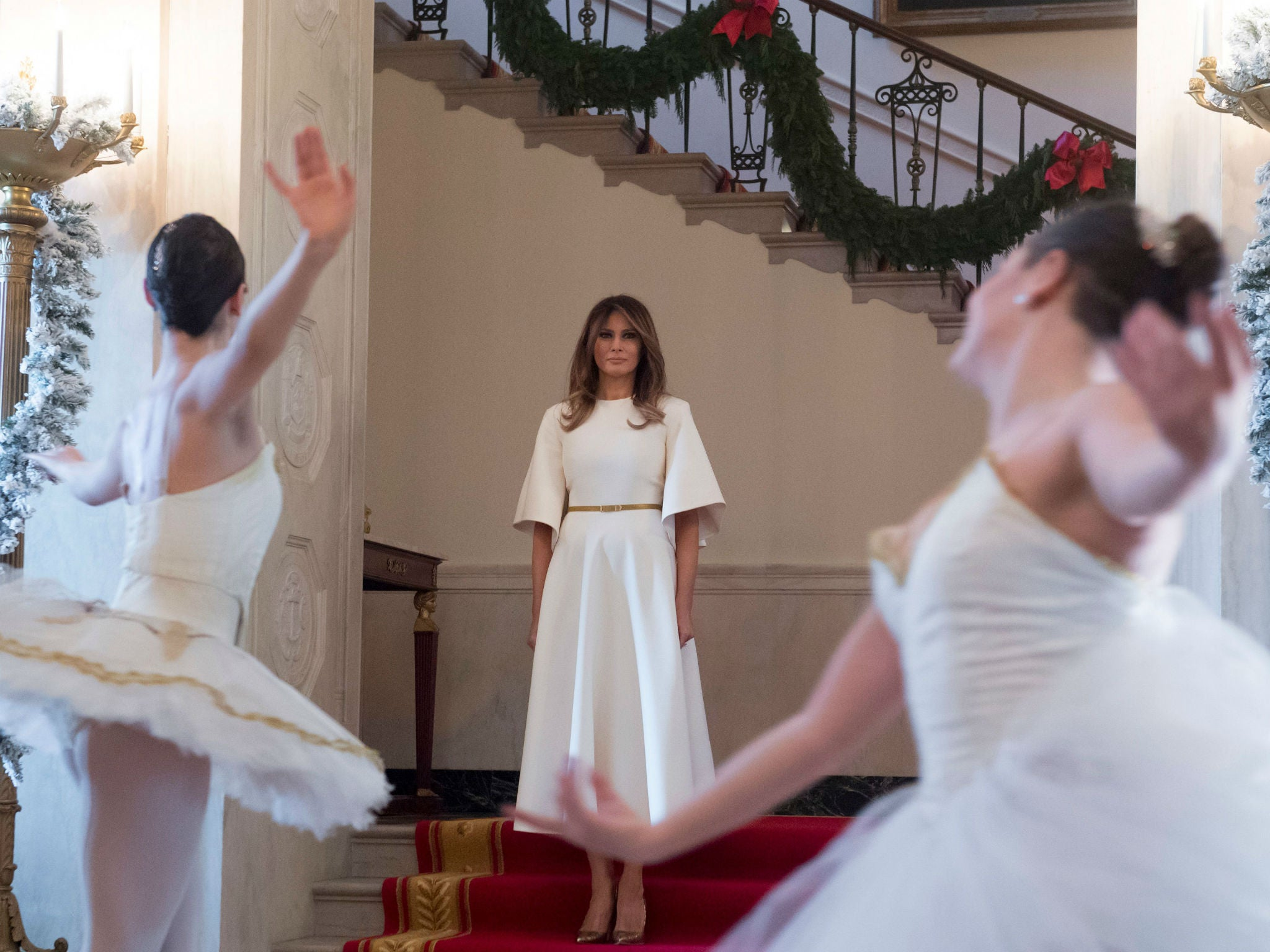 First Lady Melania Reveals Trump Christmas White House The Even Like Guardian Stripe T Shirt Off Putih S Independent