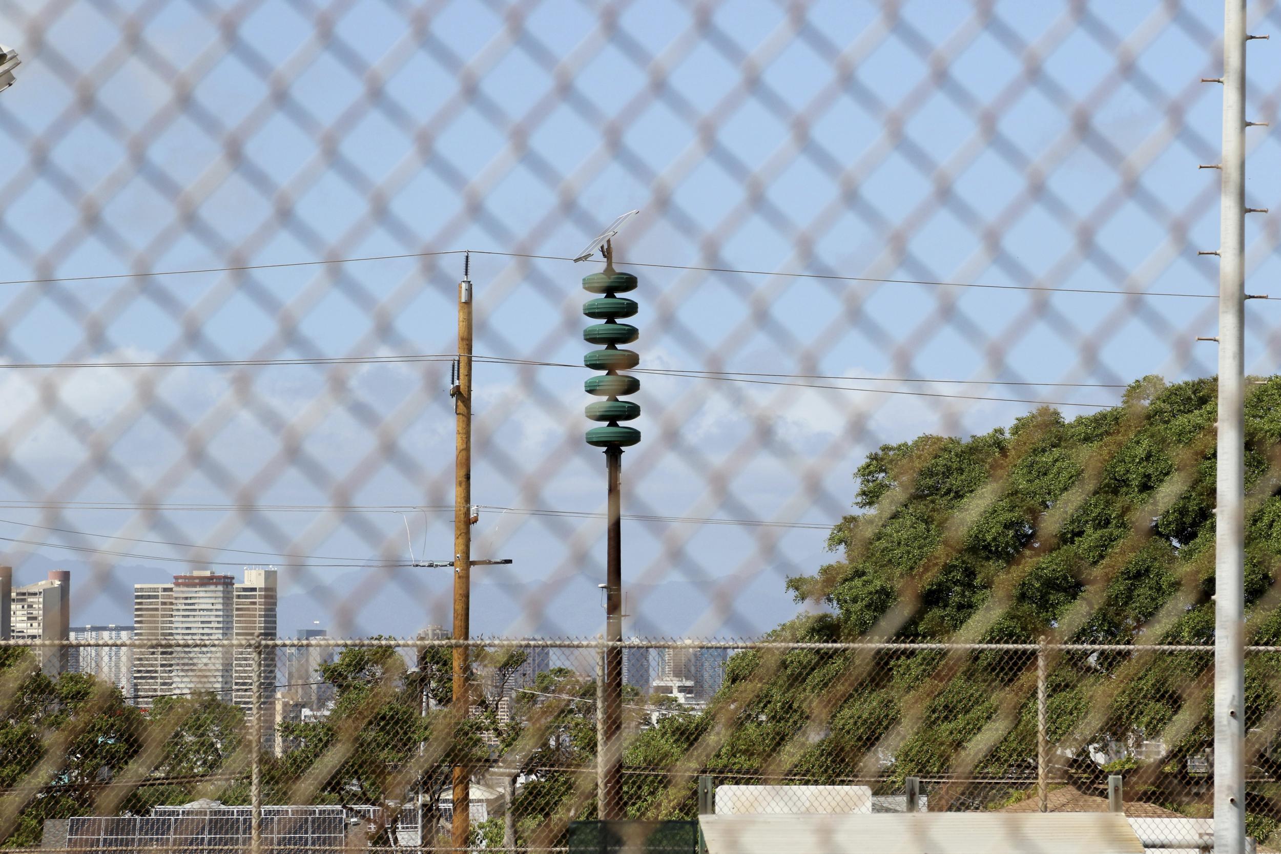hawaii ballistic missile alert latest employee sent terrifying