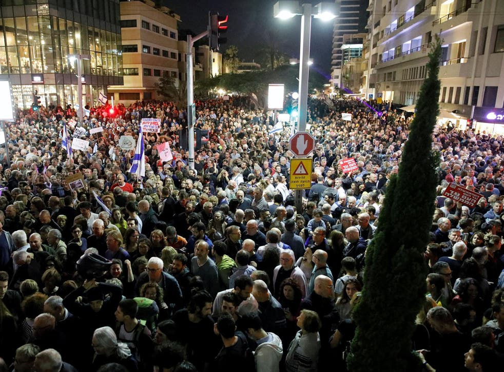 Tens of thousands of Israelis poured into the streets of Tel Aviv for an anti-corruption rally calling on Benjamin Netanyahu to resign
