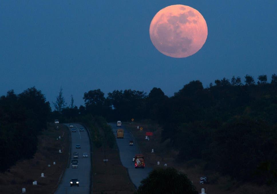 Supermoon Tonight Beginning Of Bumper Lunar January Begins With
