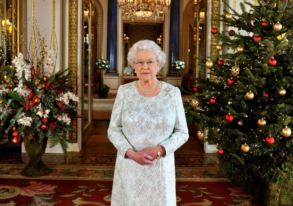 the royal familys christmas traditions revealed - British Christmas Traditions