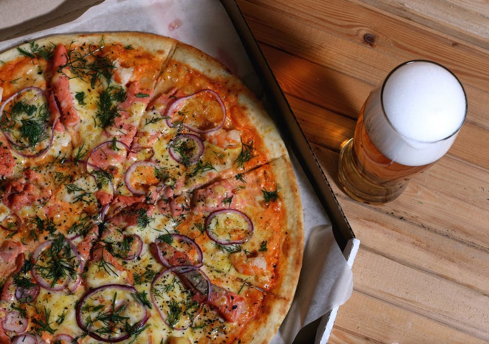 Pizza Hut Trials Delivering Alcohol With Orders The
