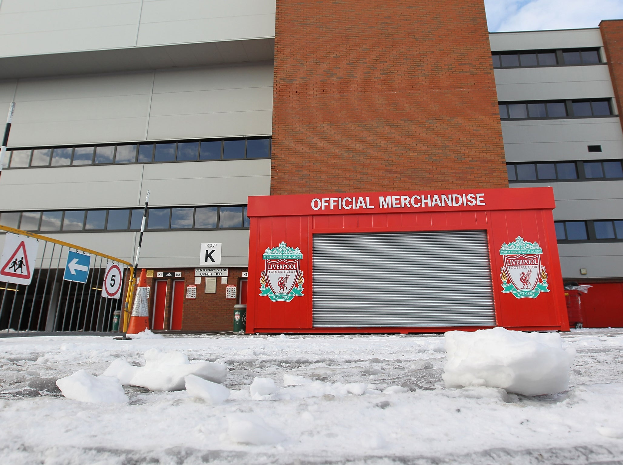 Snow and freezing temperatures throw Sunday's Manchester and Merseyside derbies into doubt
