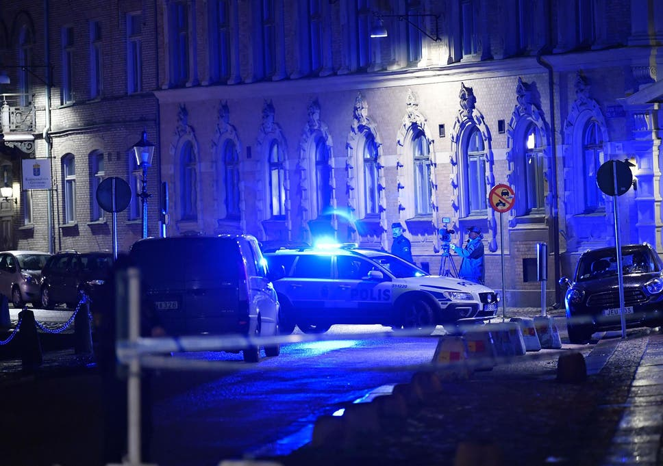 Police outside the synagogue following the failed attack in gothenburg