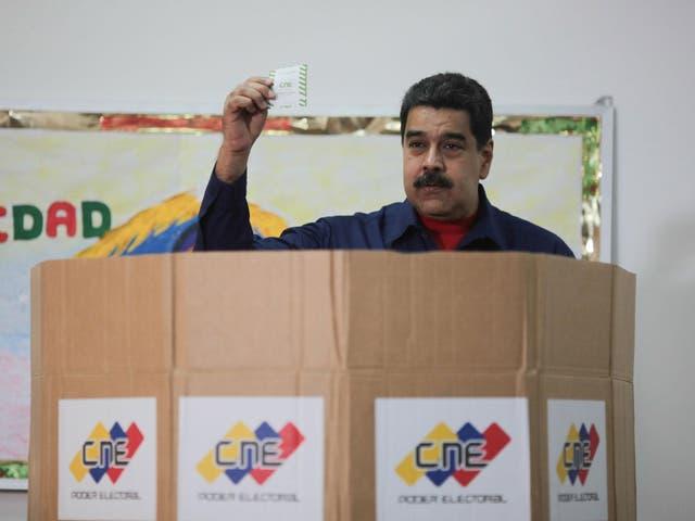 <p>Nicolás Maduro busca que se levanten las restricciones económicas contra Venezuela con estas conversaciones</p>