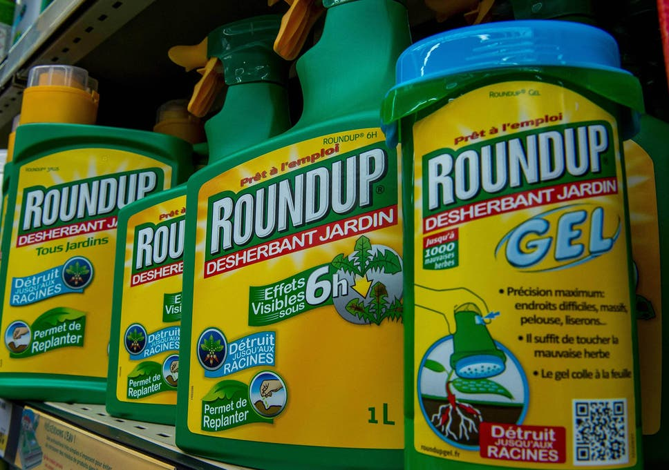 a controversial weed killer linked to cancer has won a new five year