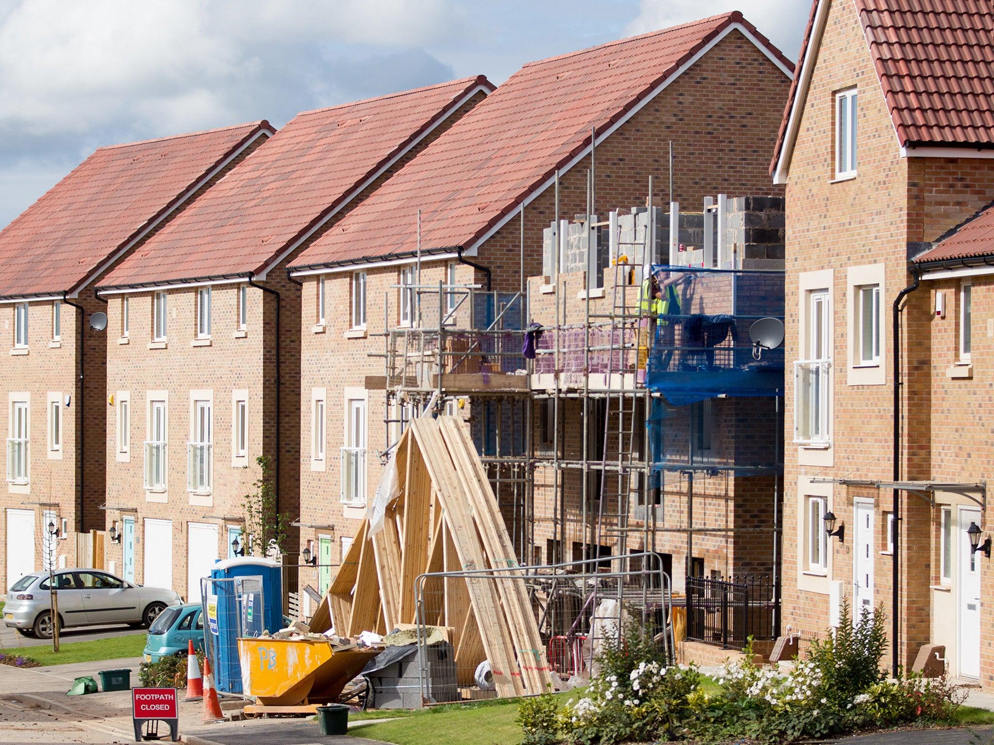 UK construction worker shortage hits record, warns trade association
