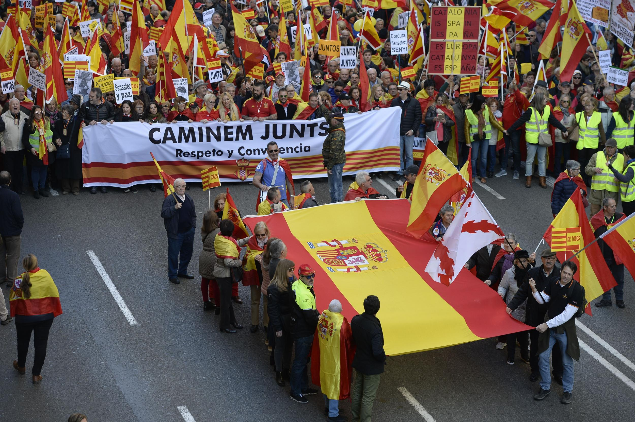 Spanish Man Killed For Wearing Colours Of National Flag On His New Beat Street Esp Black Solo Braces In Row Over Nationalism Ahead Catalonia Election The Independent