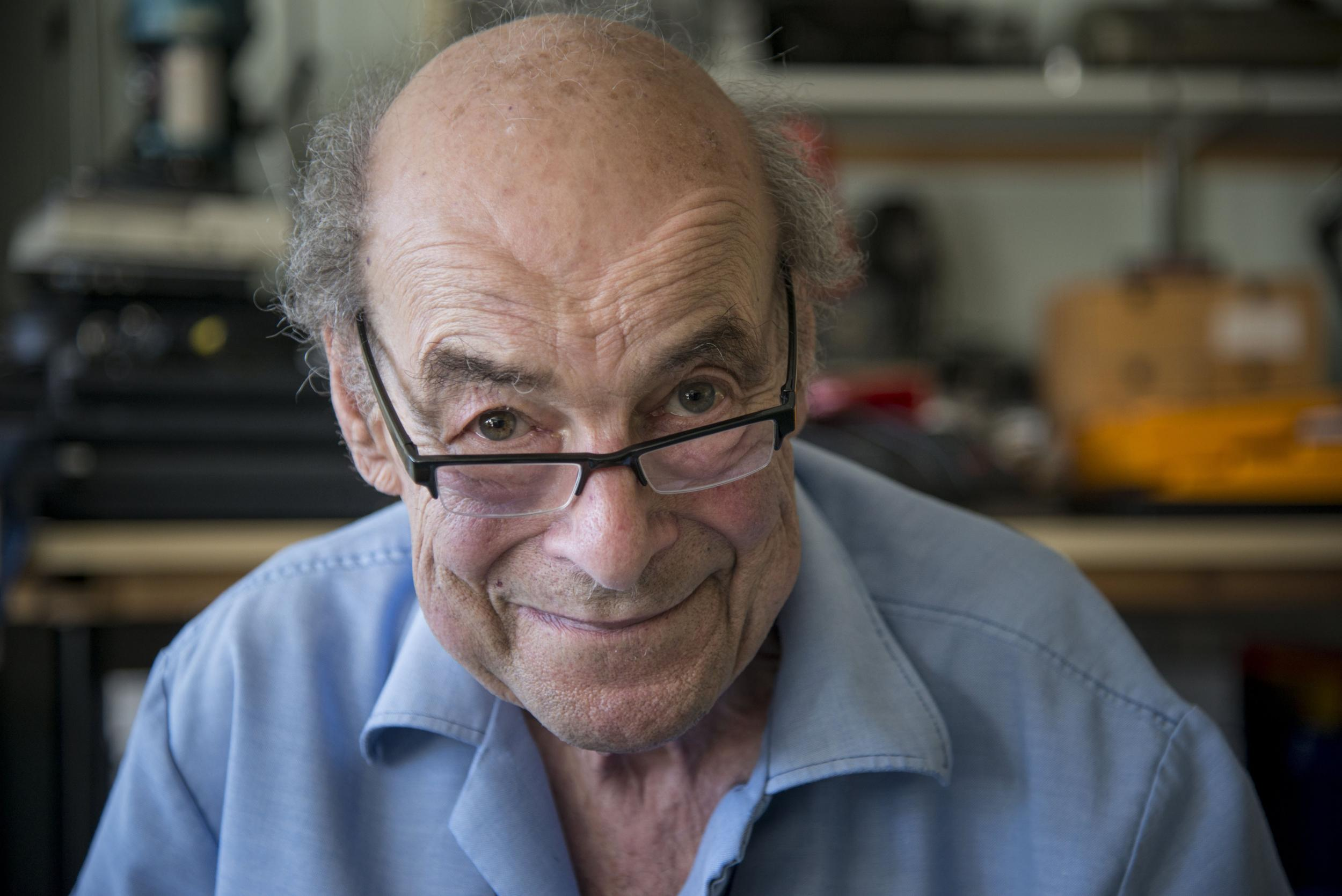 Scientist and TV star Heinz Wolff dies