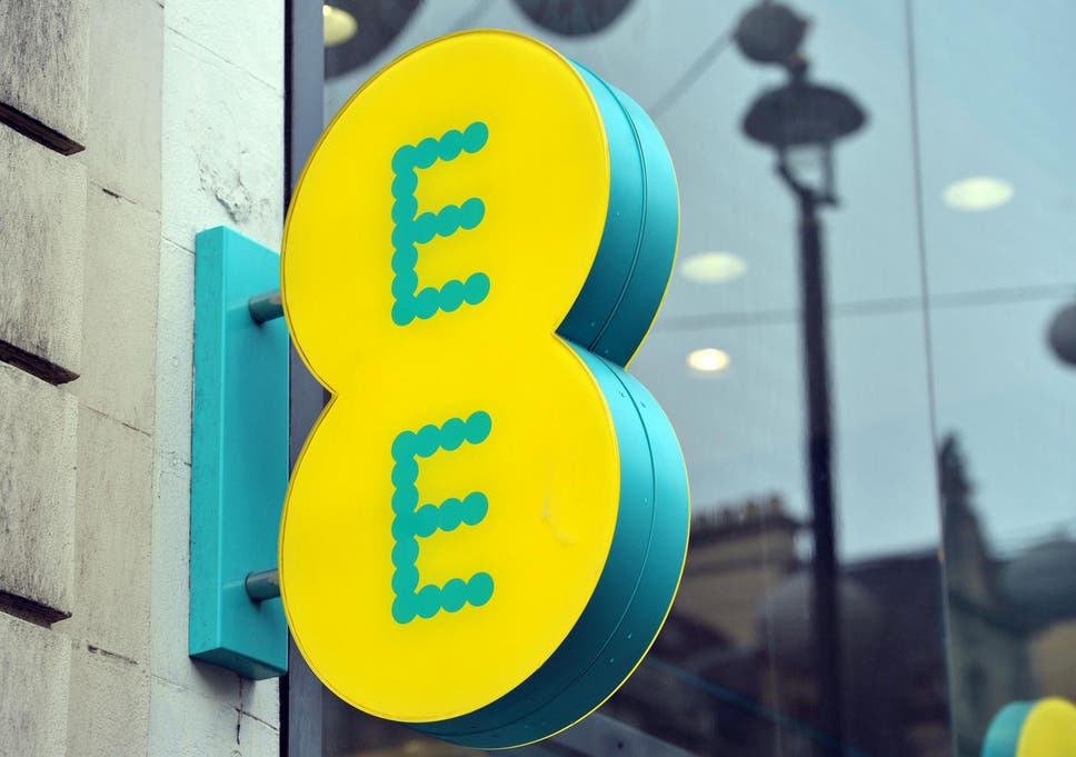 EE fined £100,000 for sending millions of marketing texts to