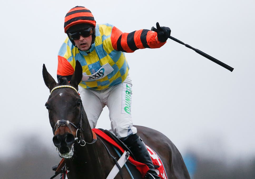 5bfba7a4 Might Bite wins King George to strengthen his Cheltenham Gold Cup ...