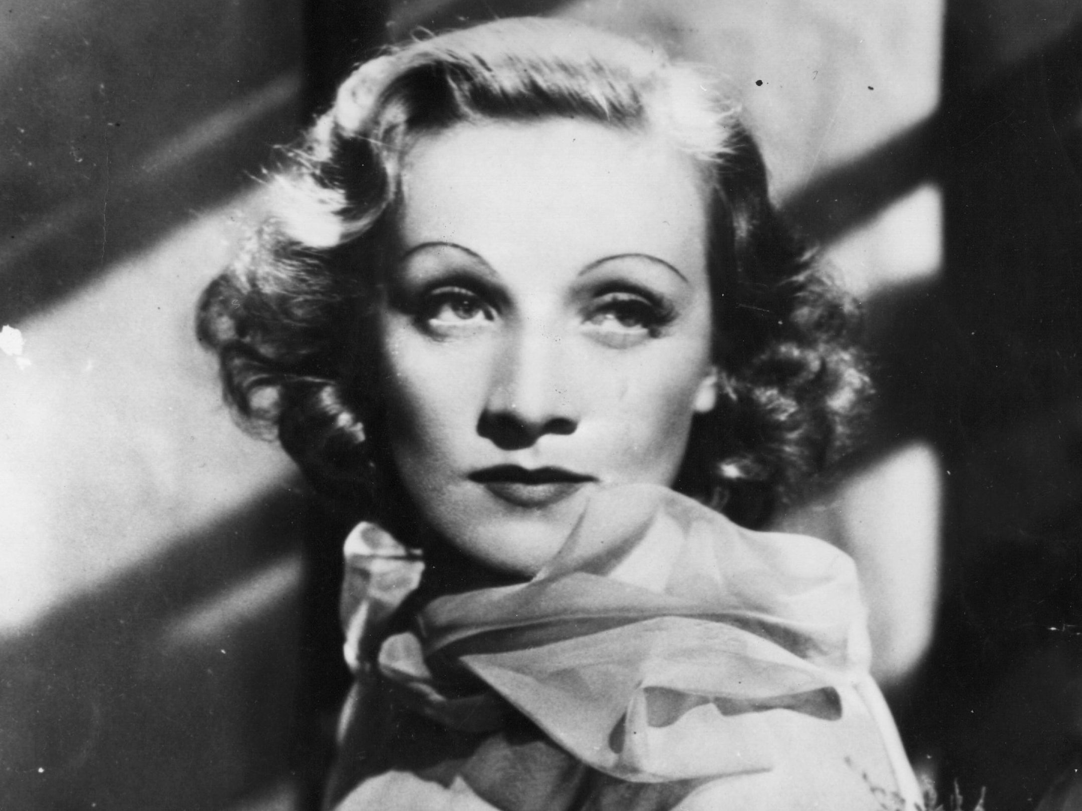 Film Fashion: Fashion, Marlene Dietrich Film Icon