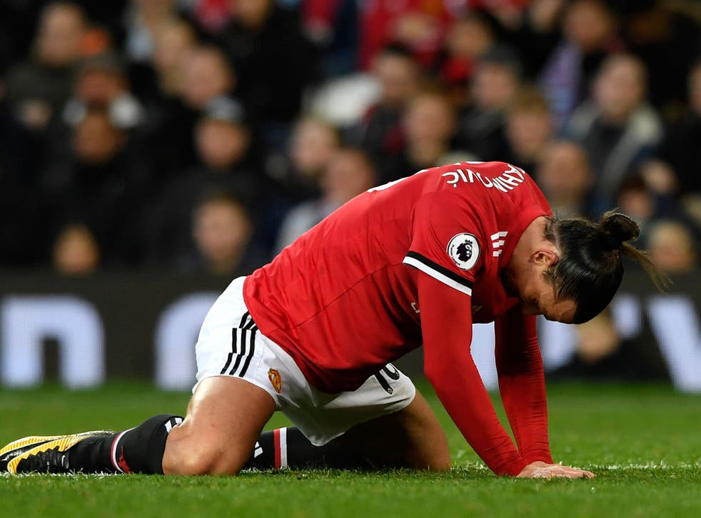 Zlatan Ibrahimovic is struggling with the effects of last year's knee injury