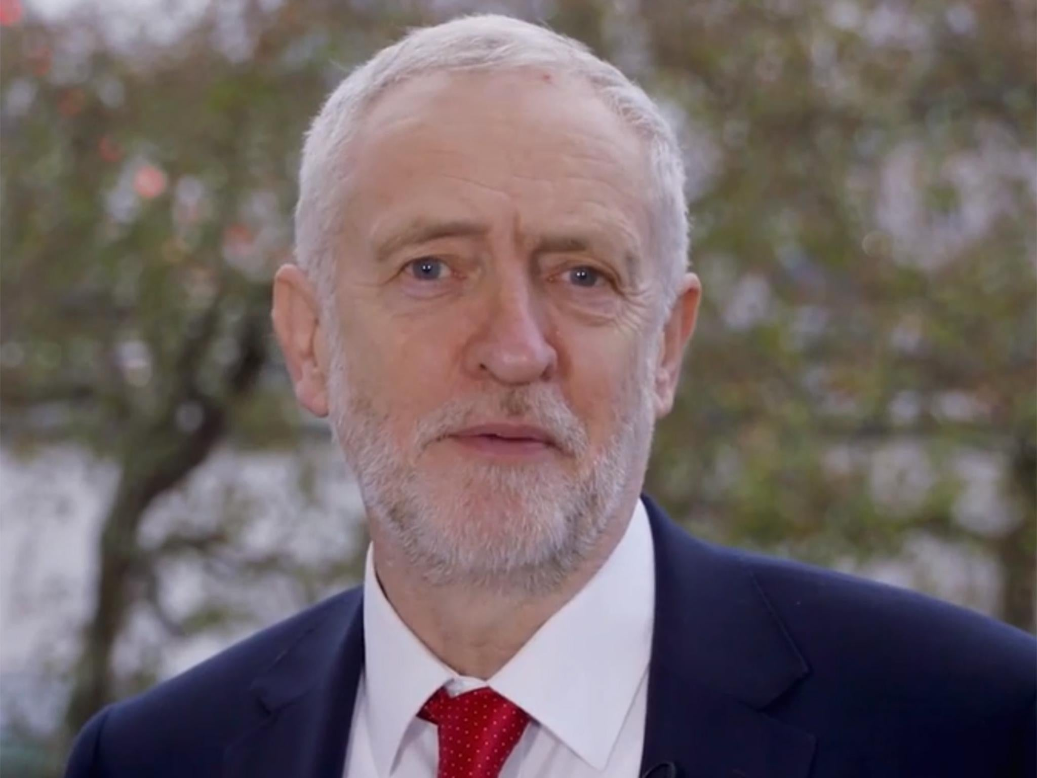 Jeremy Corbyn says Labour will occupy 'new centre ground' in New Years message