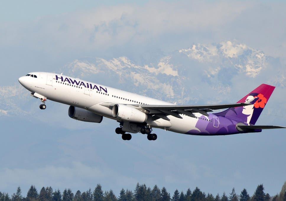 Hawaiian Airlines Flight Attendant Dies Mid