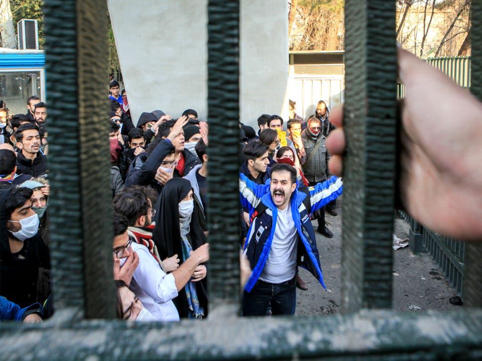Картинки по запросу Demonstrators in Tehran city