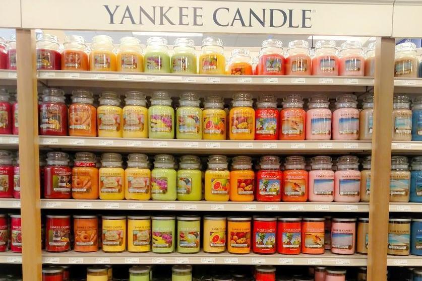 asda starts selling america 39 s beloved yankee candles for. Black Bedroom Furniture Sets. Home Design Ideas