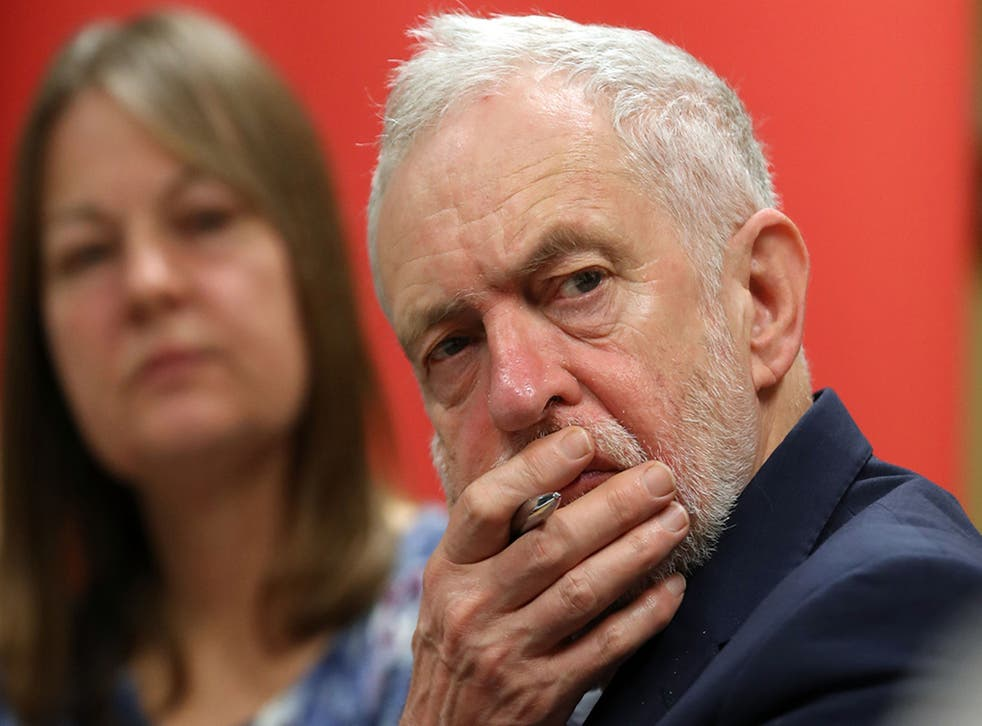 Jeremy Corbyn has come under renewed pressure to back calls for Britain to stay in the single market and customs union after Brexit