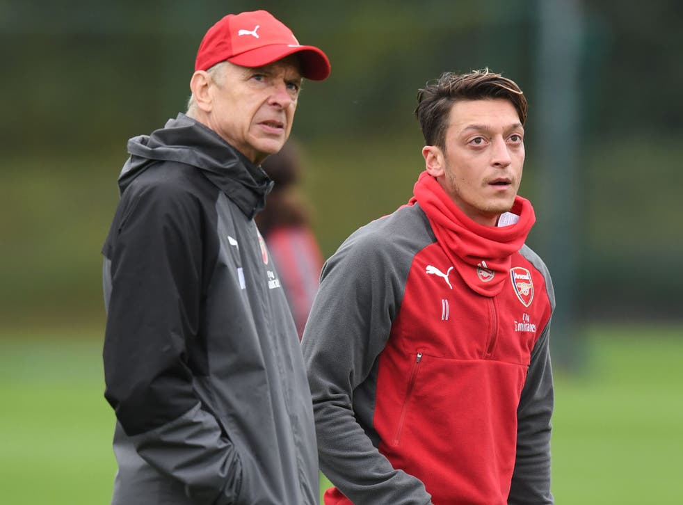 Wenger wants to stay to rebuild the team again