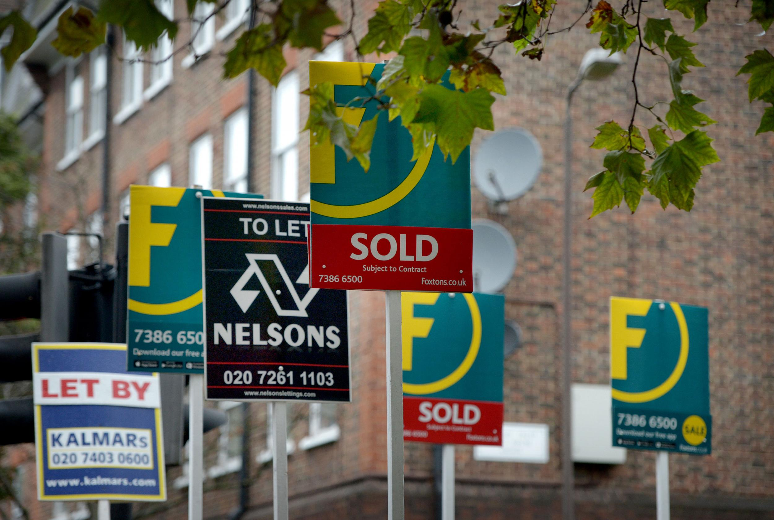 UK house prices fall for second month in January