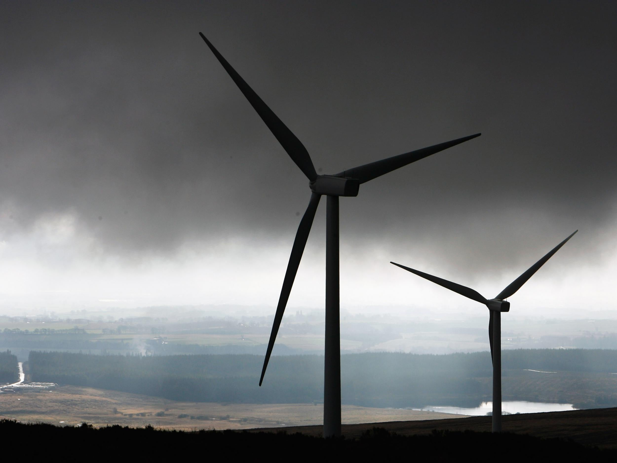 UK sets new national record for wind power production