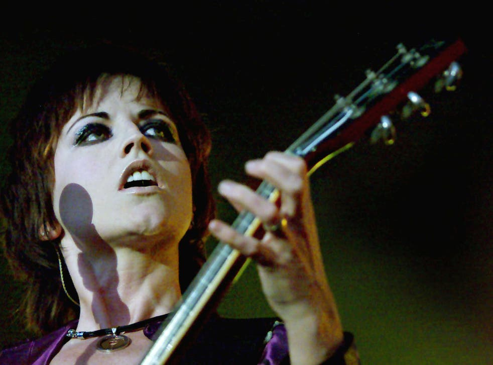 O'Riordan performing at Dublin's Castle in 2000. She was due to record a cover of The Cranberries' song 'Zombie' hours after her death