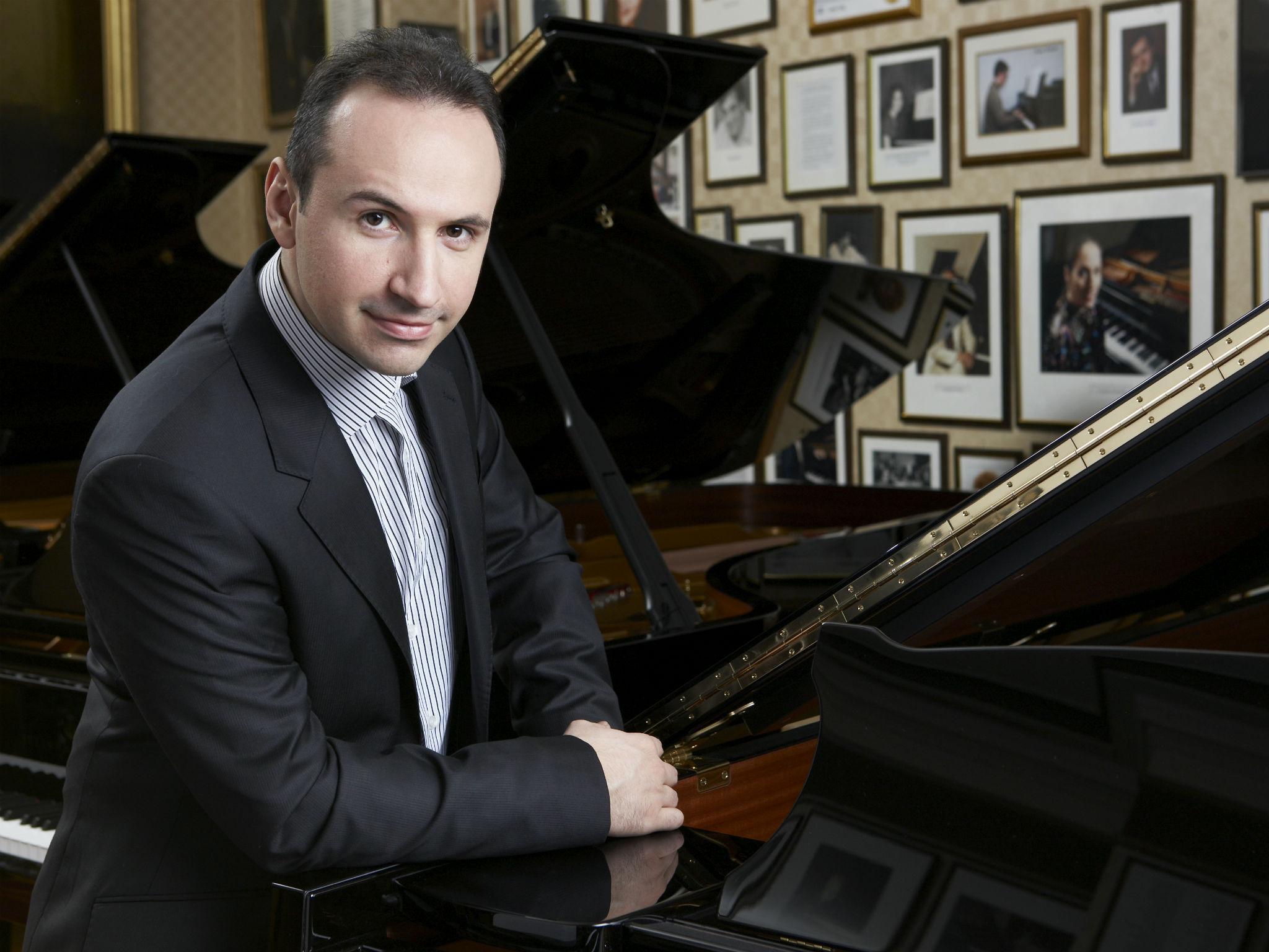 Концерт НСО Узбекистана, Simon Trpcheski (Македония)