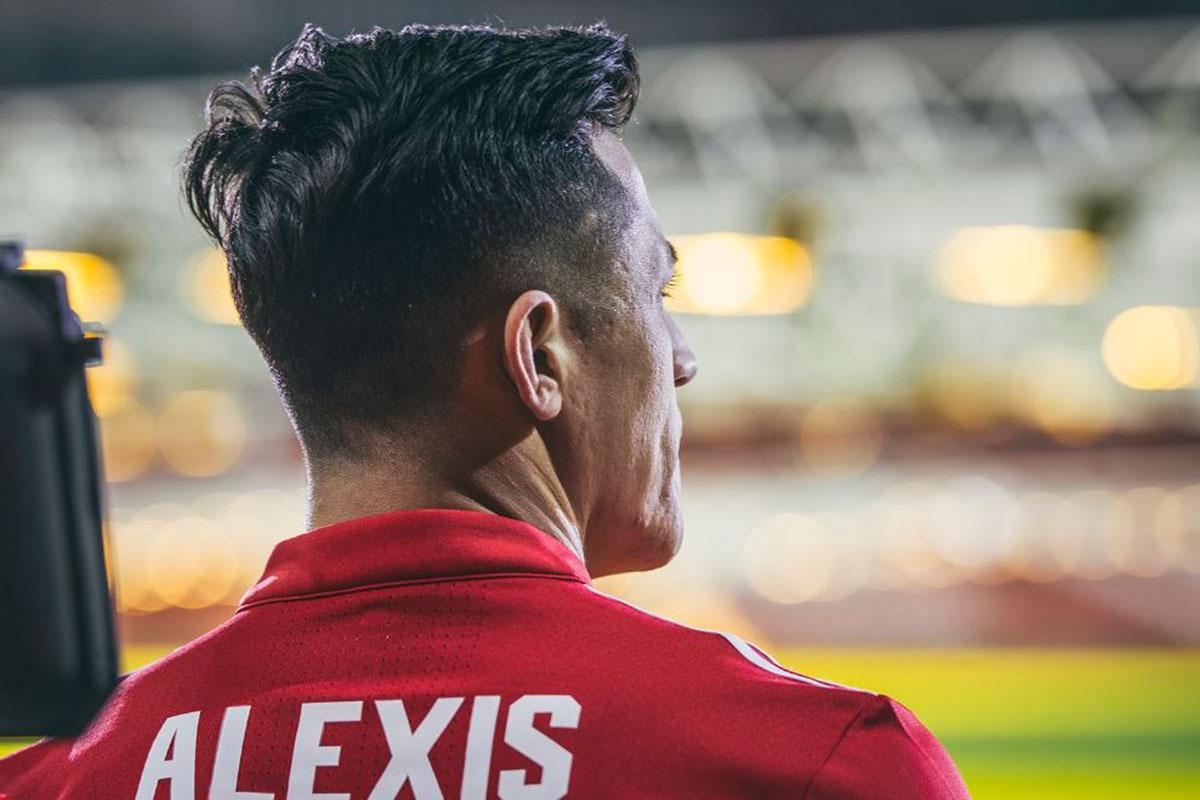 Manchester United Manager Jose Mourinho Accuses City Of Sour Grapes Over Alexis Sanchez