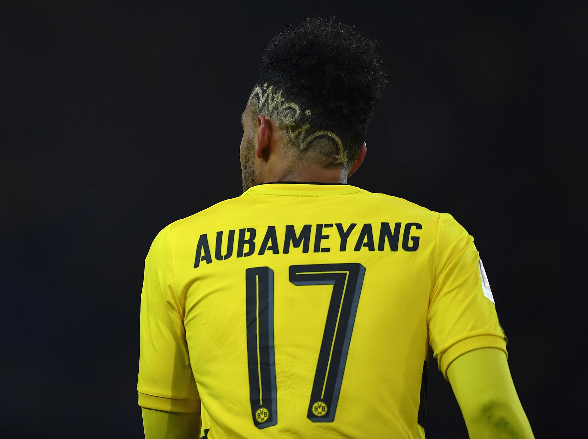 Transfer news LIVE: Aubameyang deal latest, Chelsea target Arsenal star, United given boost, Neymar to leave PSG