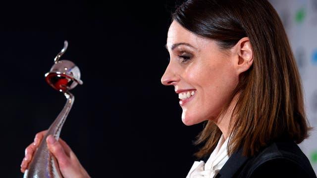 Suranne Jones with the award for best drama for Doctor Foster.