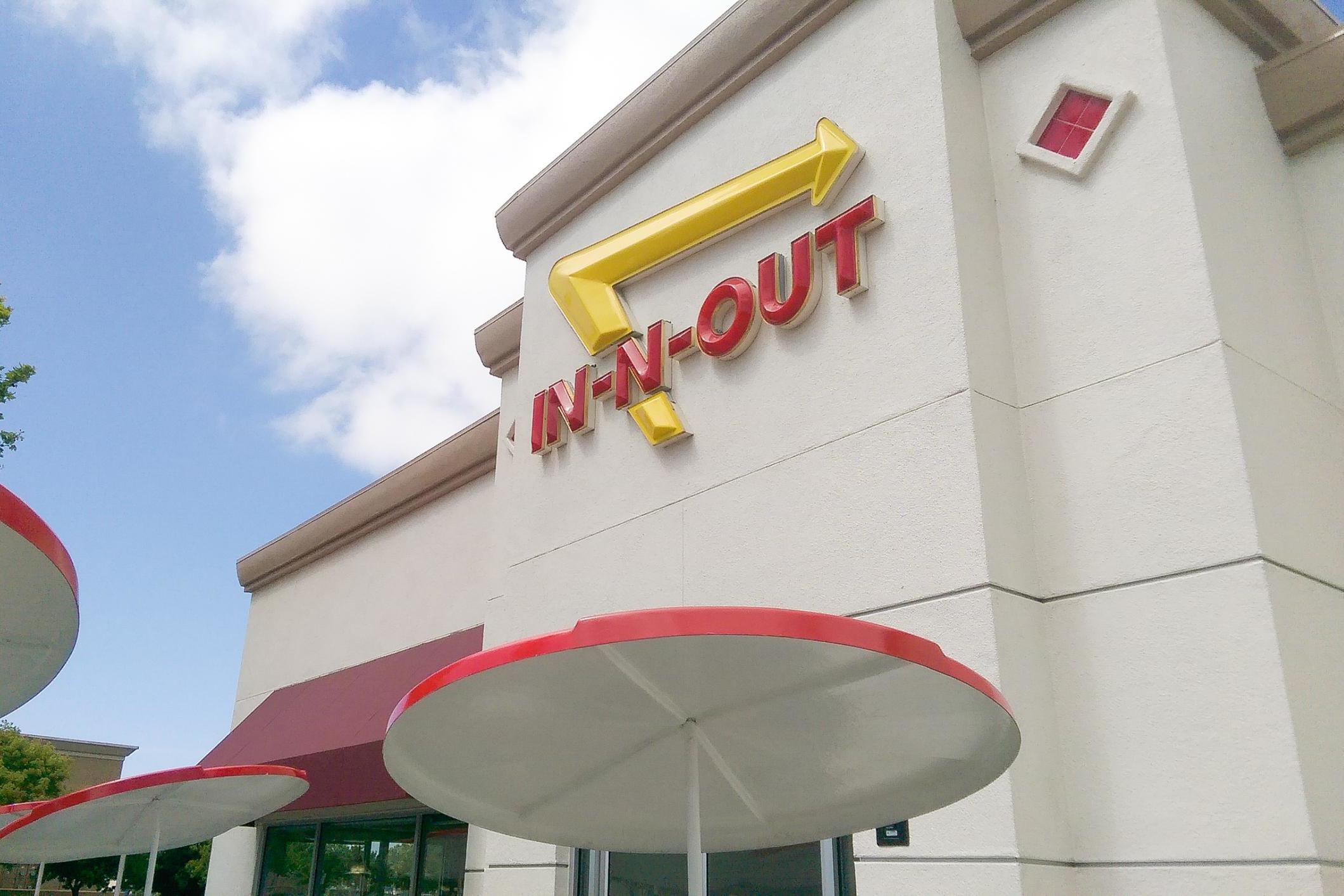 In-N-Out Burger donates $25,000 to the Republican Party, sparking uproar and boycotts