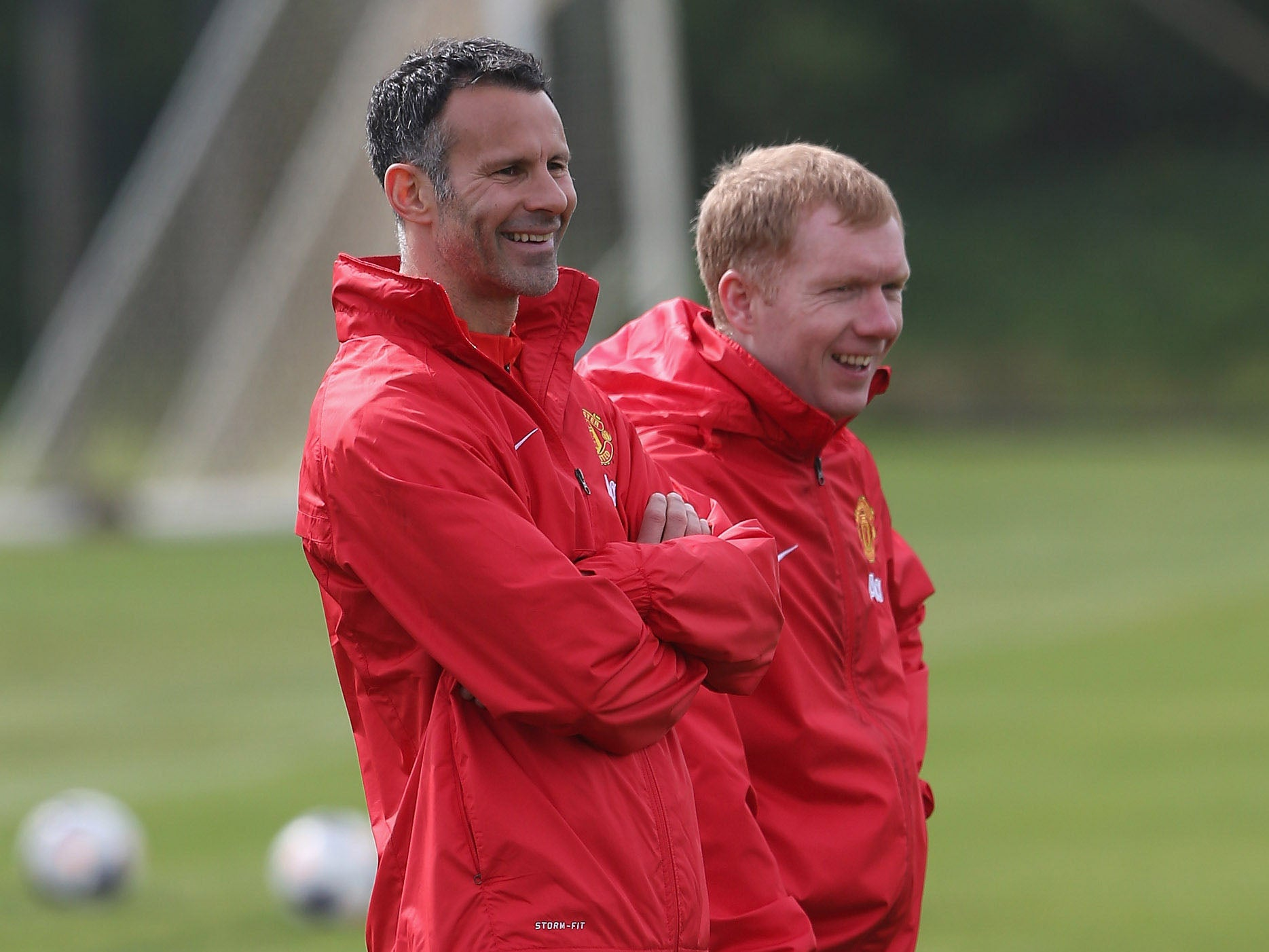 Ryan Giggs held talks with ex-Manchester United teammate Paul Scholes about joining him at Wales