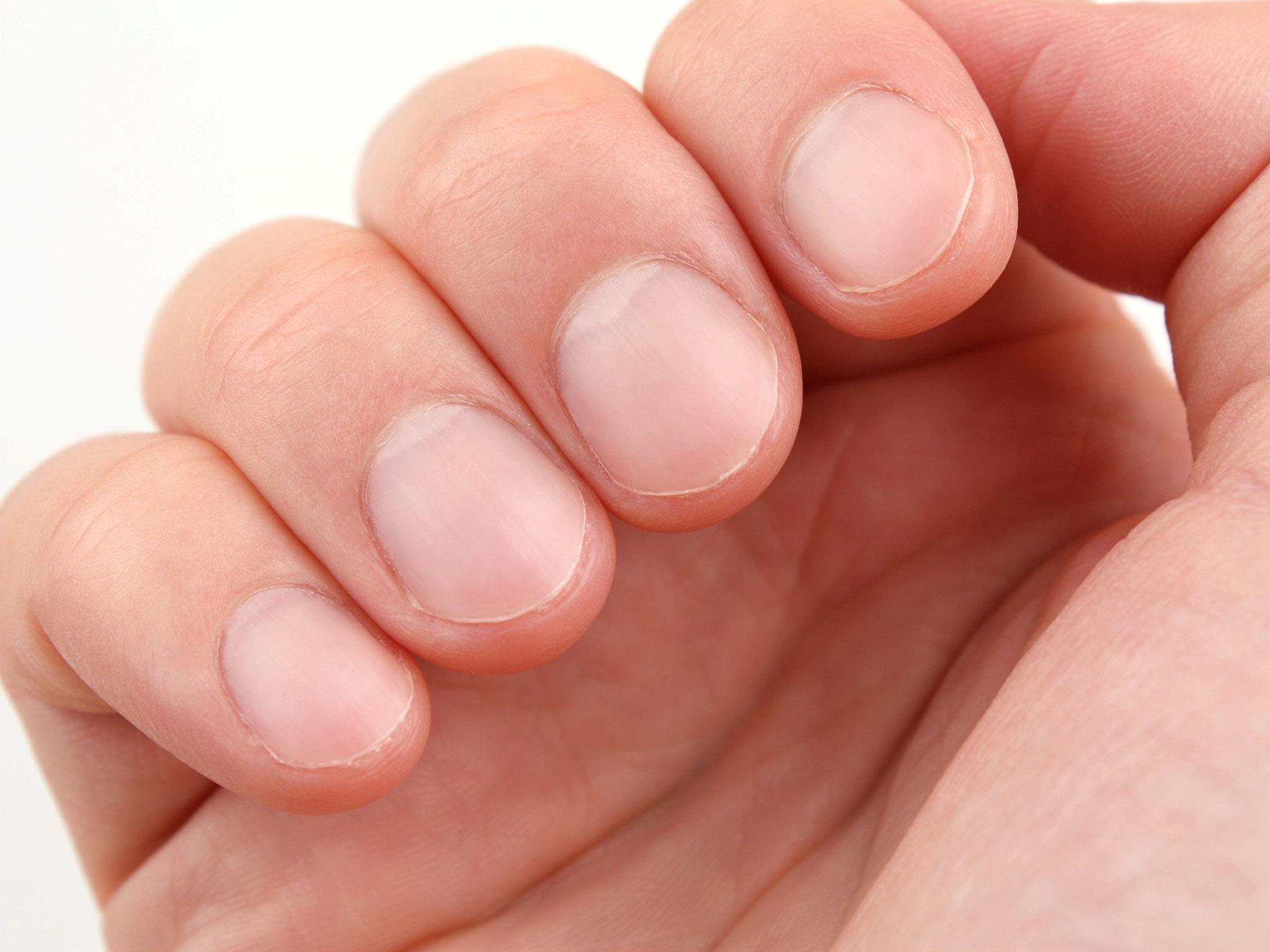 School bans pupils from growing fingernails longer than 1.5cm under ...