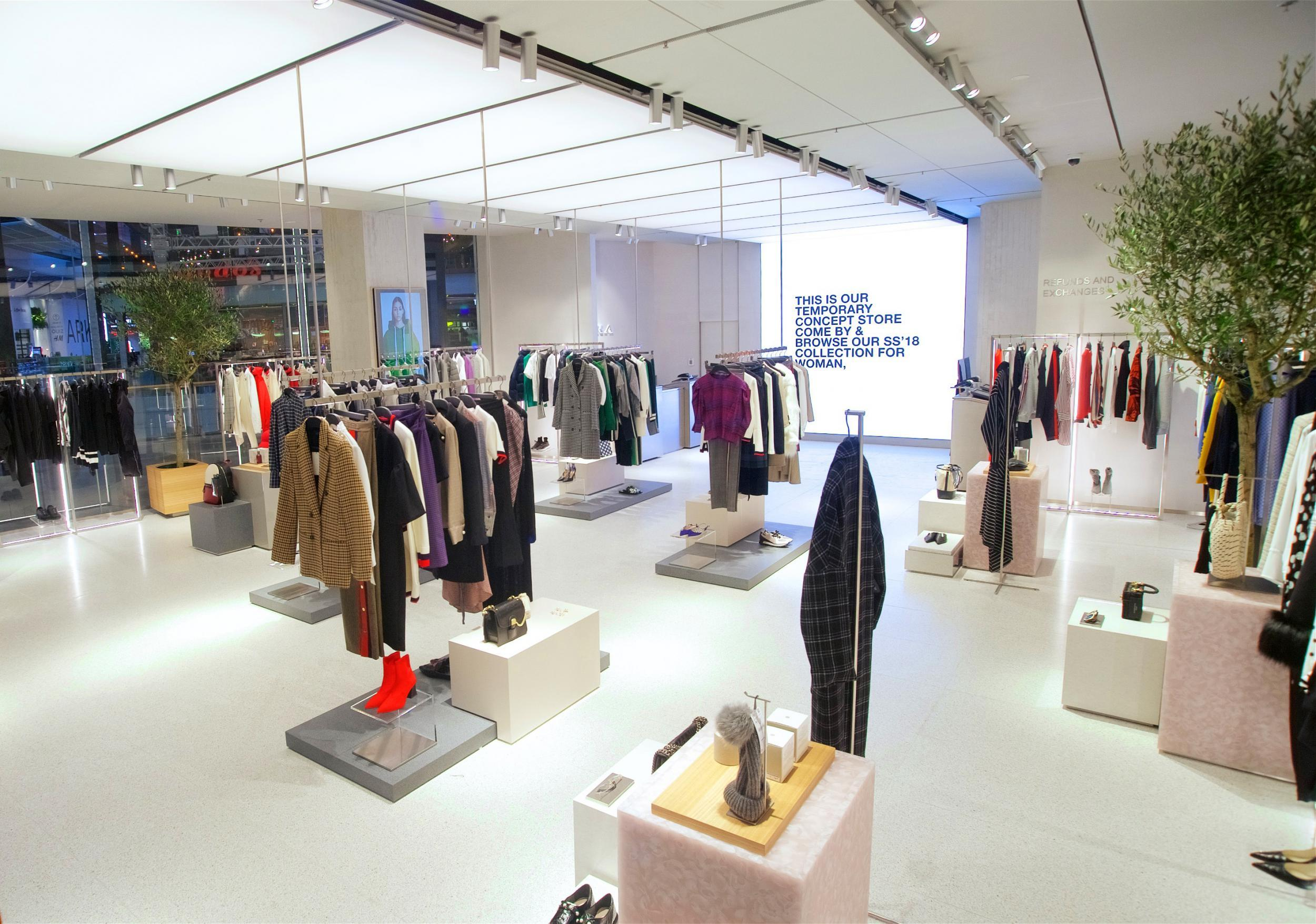 Exhibition Stand For Zara : Zara unveils new click and collect store the independent