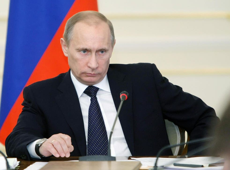 It is unlikely anyone could compete with Vladimir Putin in the upcoming presidential election, the Kremlin spokesman declared