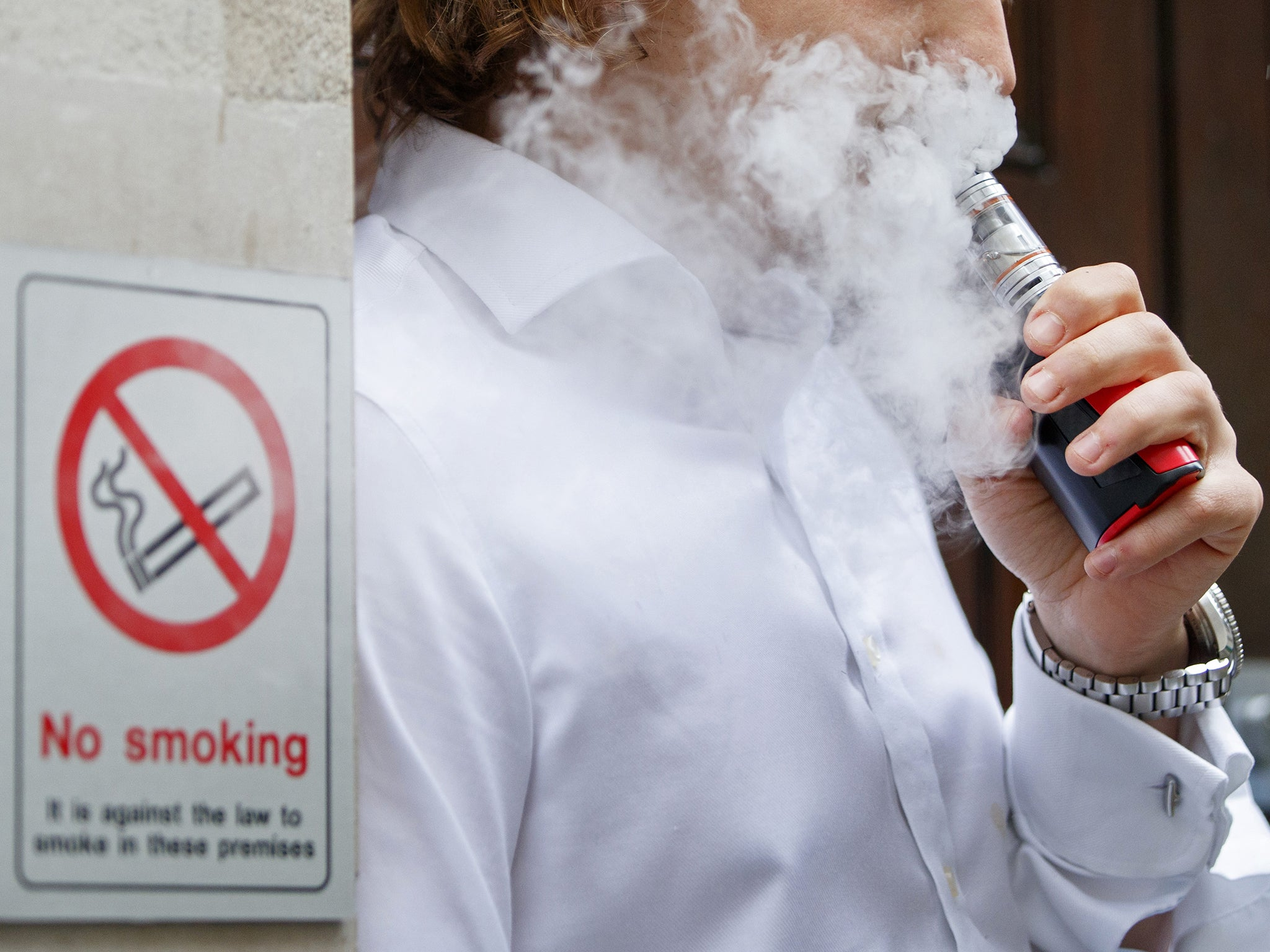 Vaping disables the lung's cleaning systems and could cause chronic