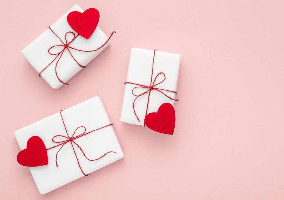 Valentine S Day 2018 Fashion And Beauty Gifts For Her The Independent